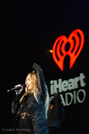 Jingle Ball iHeart Sabrina Carpenter